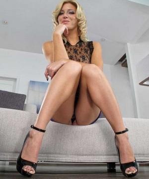 erotic massage from Somerton